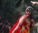 ap_bangladesh_hindu_festival_24Oct12-975x627