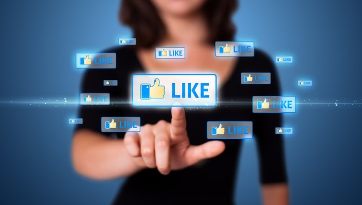 Women-Power-Social-Media